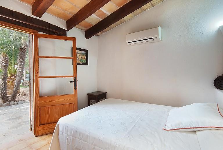 klimaanlage schlafzimmer. Black Bedroom Furniture Sets. Home Design Ideas