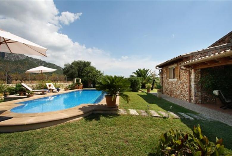 Schöne Finca auf Mallorca für 4 Gäste in der Nähe von Selva