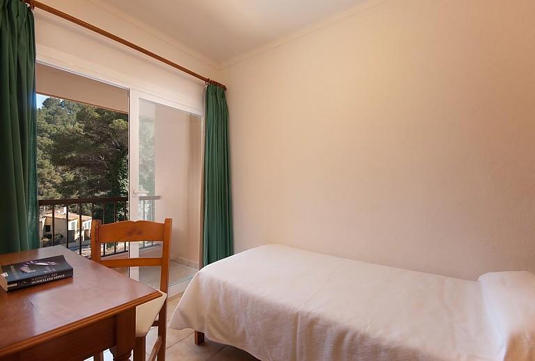 apartment auf mallorca in cala san vicente f r 5 personen. Black Bedroom Furniture Sets. Home Design Ideas