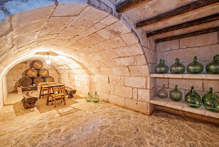 Weinkeller gewölbe  Finca Mallorca bei Porreres für 10 Personen mit Poolbar